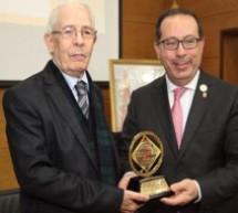 تكريم الجامعي المغربي ابن تاونات عبد العالي الودغيري الفائز بجائزة الملك فيصل للغة والأدب العربي بجامعة فاس