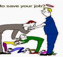غريب :عندما سأل مدير ثلاثة موظفين في العمل هل 2+2=5؟ وكانت النتيجة