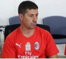 نجم كرة القدم التاوناتية السابق خالد المرابط (الحاج) مؤطرا بمدرسة اسي ميلان الايطالي بمدينة العيون