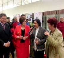 إبنة تاونات زكية الميداوي سفيرة المغرب بصوفيا حاضرة بقوة ضمن (40)بلدا في المهرجان الدولي لفنون الحرف التقليدية في بلغاريا
