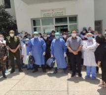 إدارة المستشفى الإقليمي بتاونات تحتفي بشفاء اخر مصابين(2) بفيروس كورونا ومغادرتهما المستشفى