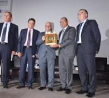 العالم إبن تاونات رشيد اليزمي خلال تكريمه بفاس:أتمنى أن أنال جائزة نوبل للكيمياء